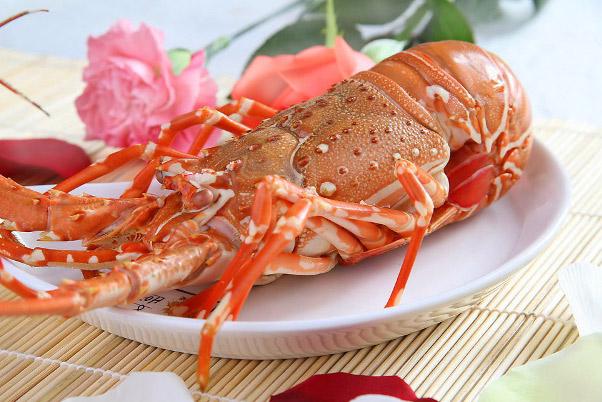 Hình ảnh cho thuê xe du lịch thưởng thức hải sản quý mà rẻ