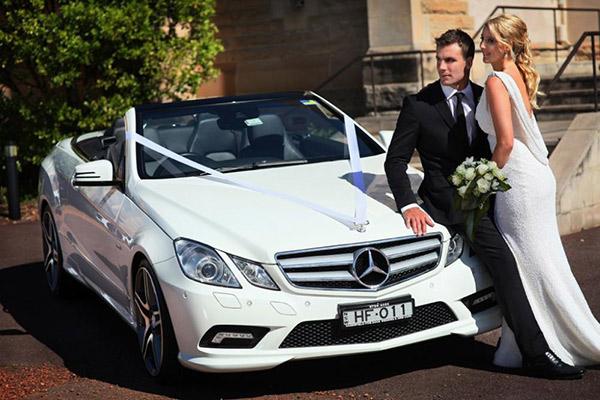 Hình ảnh cho thuê xe hoa Mercedes