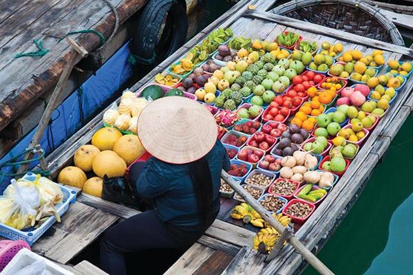 Cho thuê xe du lịch giá rẻ một ngày ở chợ Cái Răng