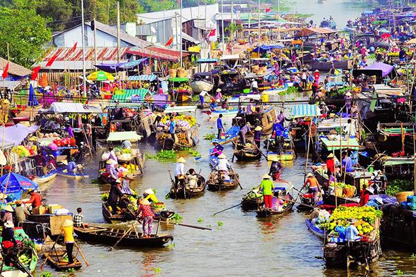 Hình ảnh cho thuê xe du lịch giá rẻ một ngày ở chợ Cái Răng
