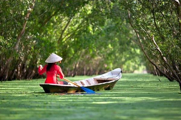 Thuê xe du lịch đi An Giang khám phá Châu Đốc