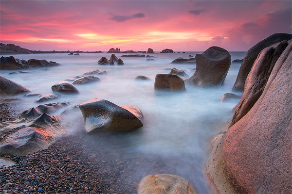 Bãi đá Cổ Thạch