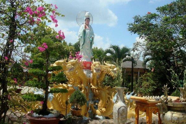 Ghé thăm Chùa Tiên Châu