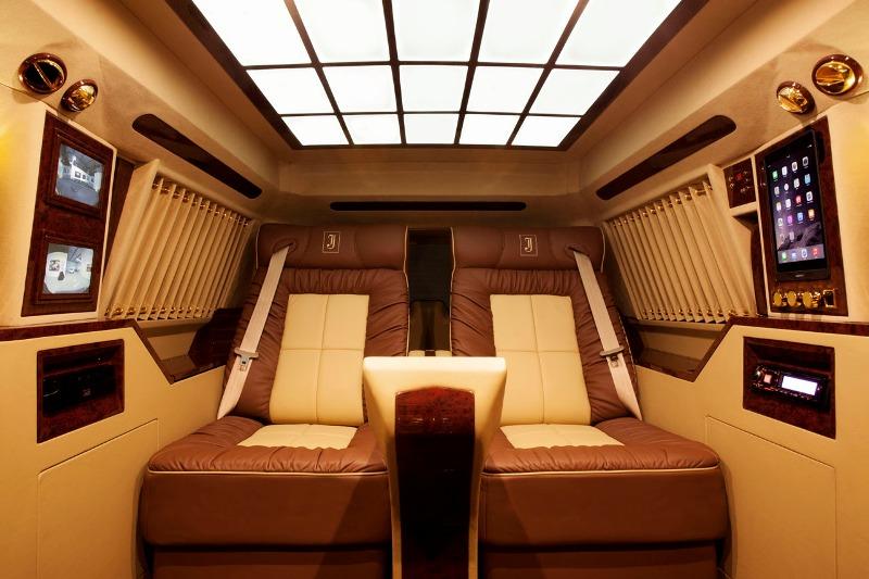 Kiểm tra kỹ càng chất lượng và nội thất, tiện nghi của xe