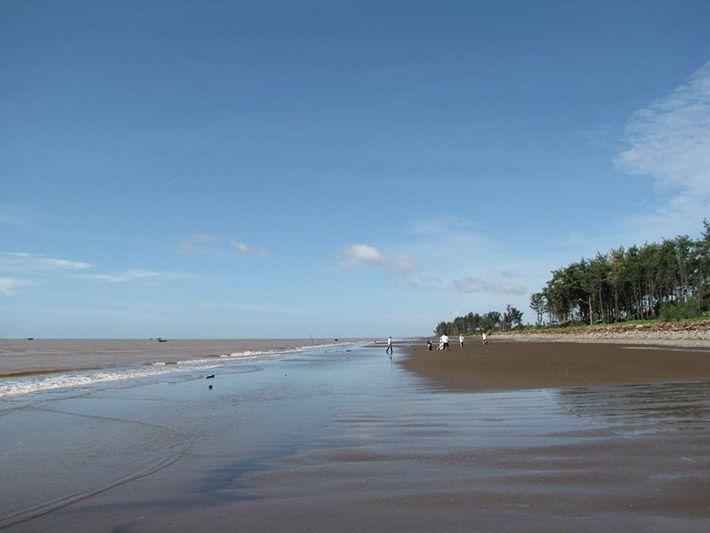 Nét hoang sơ nhưng vô cùng đẹp của bãi biển Ba Động