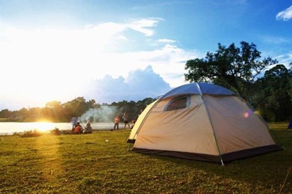 Cắm trại tại trảng cỏ Bù Lạch
